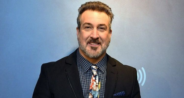Meet an American singer, Joey Fatone and also know about his Bio, Wiki, Career, Parents, Net Worth, Dancer, Instagram