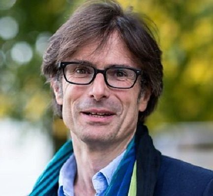 Meet a British journalist, Robert Peston and also know about his Bio, Wiki, Career, Parents, Net Worth