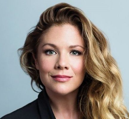 Meet a Canadian Television Host, Sophie Gregoire Trudeau and also know about her Bio, Wiki, Career, Parents, Net Worth,  wife of Justin Trudeau, Corona virus