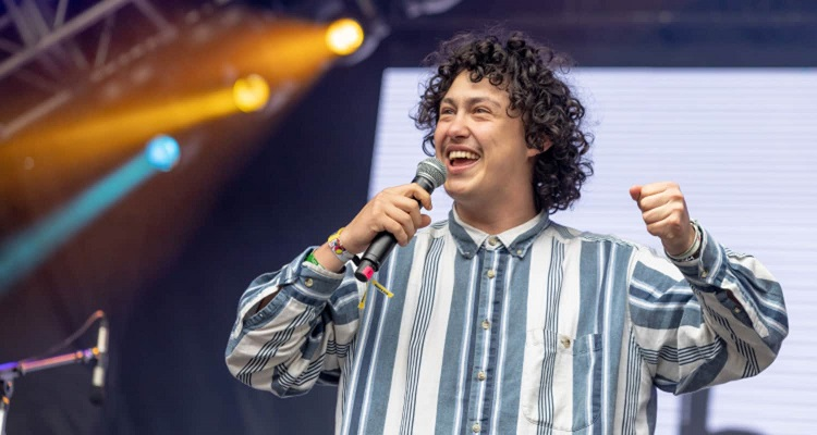 Singer Hobo Johnson's Bio, Age, Wiki, Net Worth, Salary, Songs, Family