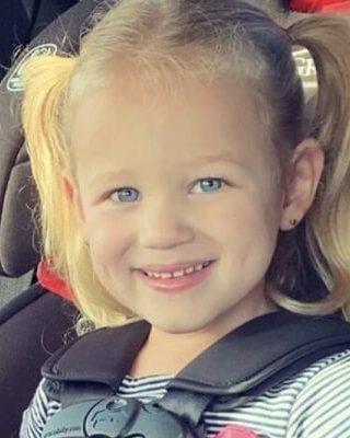 Who is Riley Busby? Bio, Wiki, Age, Career, Net Worth, Instagram, Kindergarten, Parents