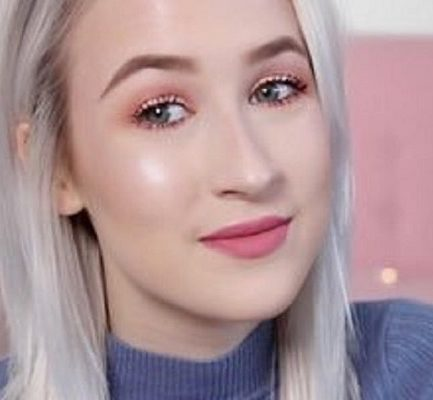 Sophie Louise | Biography, Age, Wiki, Height, Net Worth, Ethnicity, YouTube |