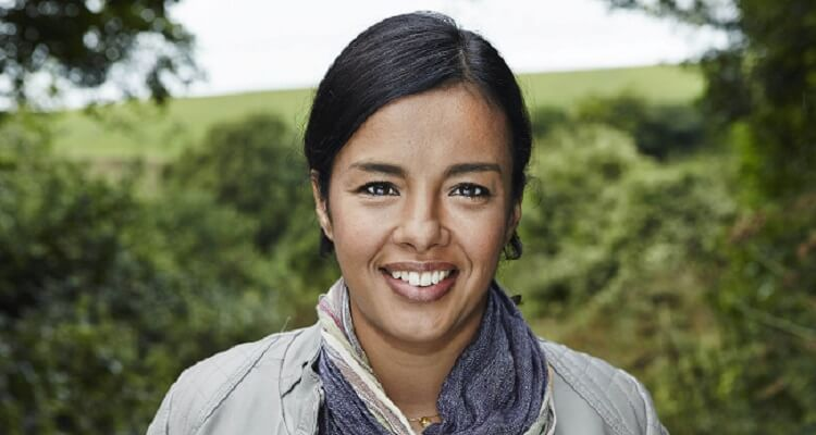 Who is Liz Bonnin? Bio, Wiki, Age, Career, Net Worth, Instagram, Married, Real Name