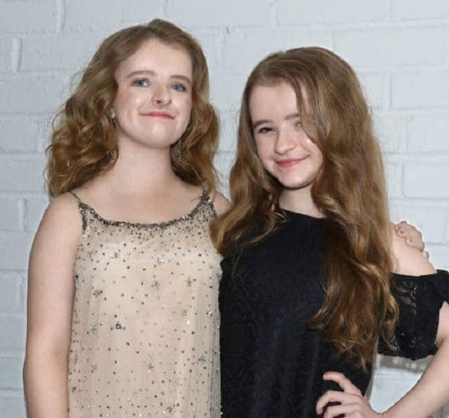 milly with her sister