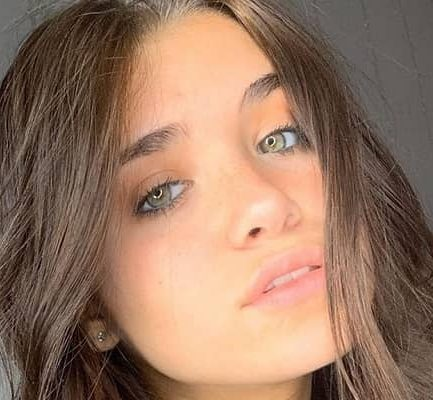 Nessa Barrett | Bio, Age, Height, Weight, Net Worth(2020), Actress, Model, Tik Tok Star |