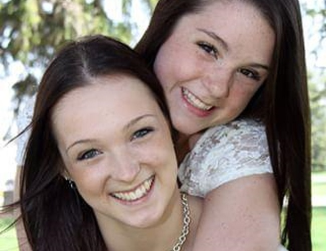 Skylar Healey and her sister