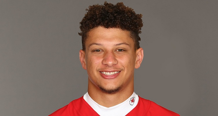 Patrick Mahomes | Bio, Age, Father, Net Worth (2020), Football, Height, Football Player |