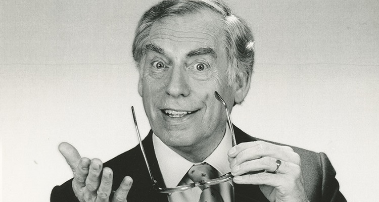 Larry Grayson | Bio, Age, Wiki, Wife, Death, Net Worth, Children |