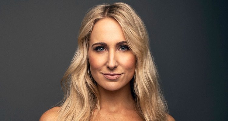 Nikki Glaser | Bio, Age, Wiki, Movies, Net Worth, Podcast, TV Host |