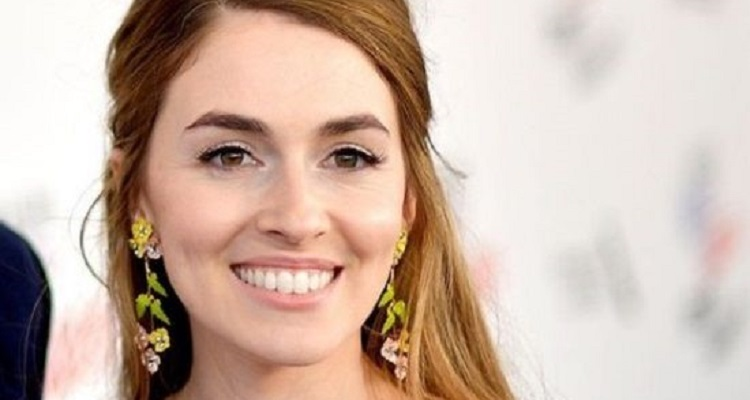 Annamarie Tendler | Bio, Age, Husband, Net Worth, Blog, Hairstylist, Host |