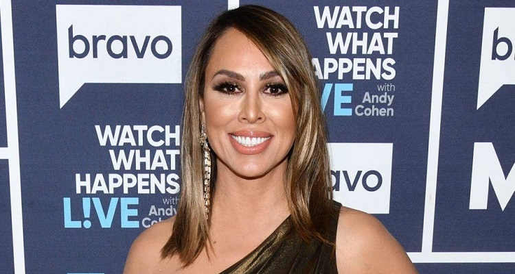 Kelly Dodd | Bio, Age, Wiki, Affair, Height, Net Worth, Business, Series |