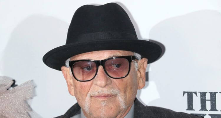 Joe Pesci Biography | Age, Net Worth, Height, House, Home Alone |