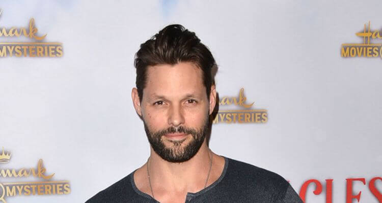 Justin Bruening Biography | Age, Net Worth(2021), Height, Wife, Instagram, Kids |