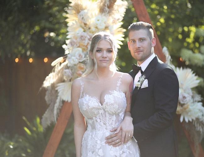 Samantha Ravndahl and her husband