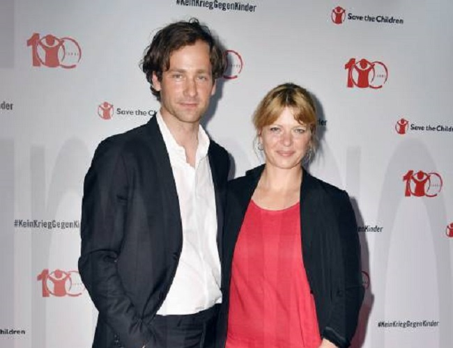 Jördis Triebel and her husband