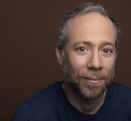 Kevin Sussman Biography | Age, Net Worth (2021), Actor, Comedian, Divorced, Height, Nationality |
