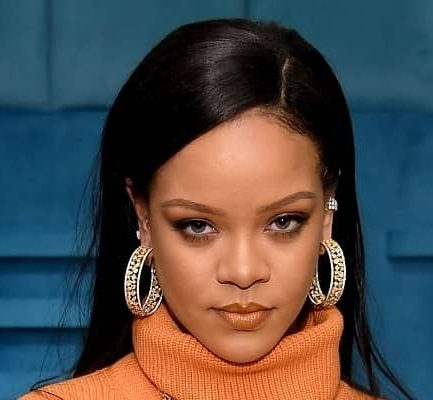 Rihanna Biography | Age, Net Worth (2021), Actor, Model, Fashion Designer, Singer-Songwriter, Family, Nationality |